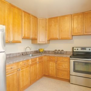 Country Club Apartments For Rent in Eatontown, NJ Kitchen